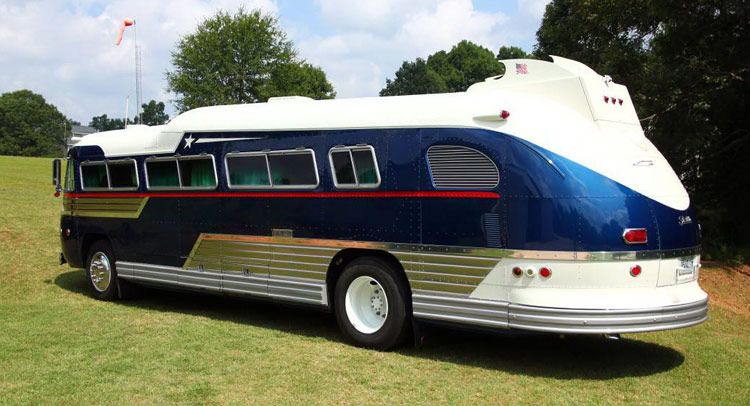 ThrowbackThursday Vintage RV 1957 Flxible Starliner