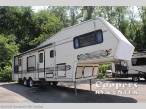 Throwback Thursday Vintage RV: 1989 Jayco Jayco Designer 32.5