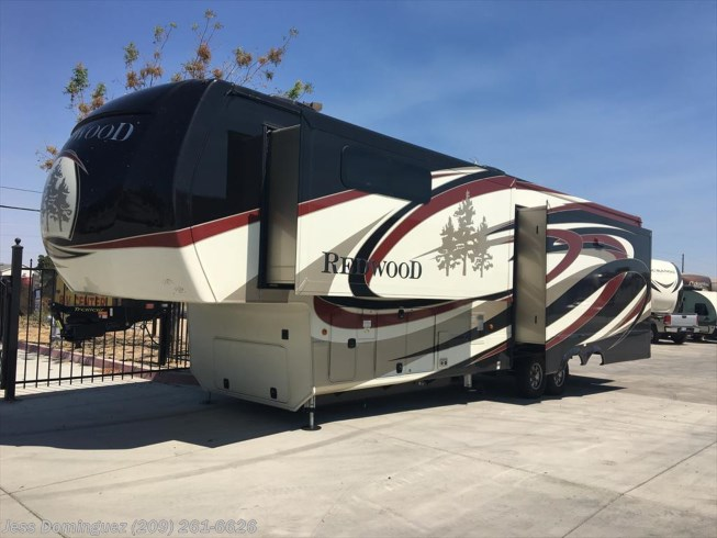 RV Find of the Week: 2017 Redwood Residential Vehicle