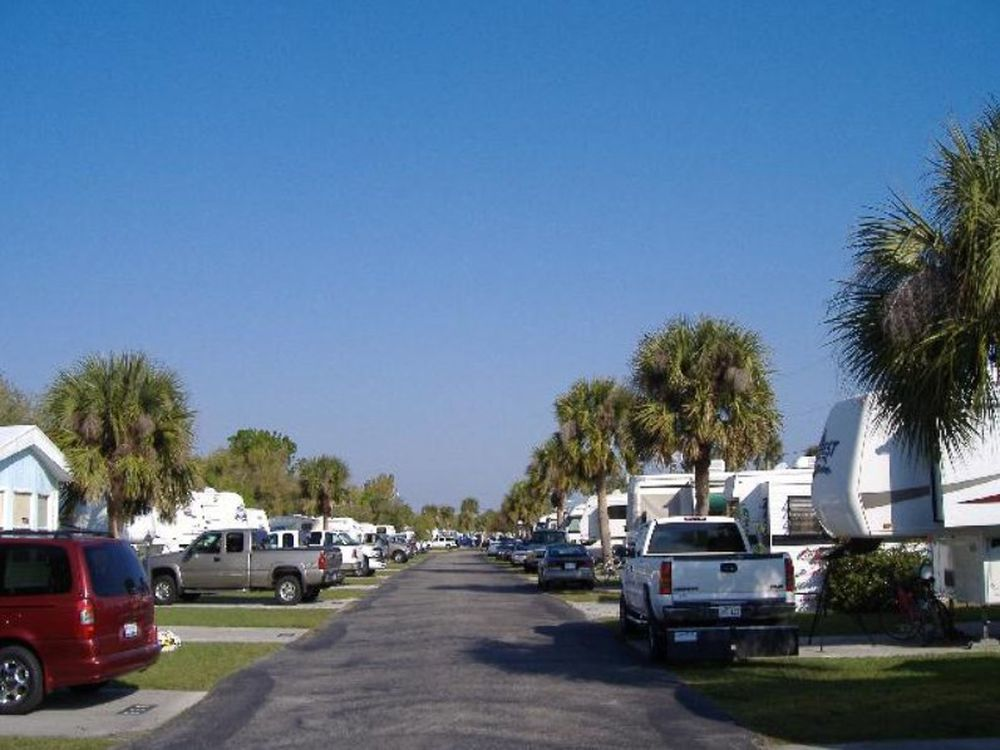 Travel Tuesday Featured Destination – Whispering Palms RV Resort
