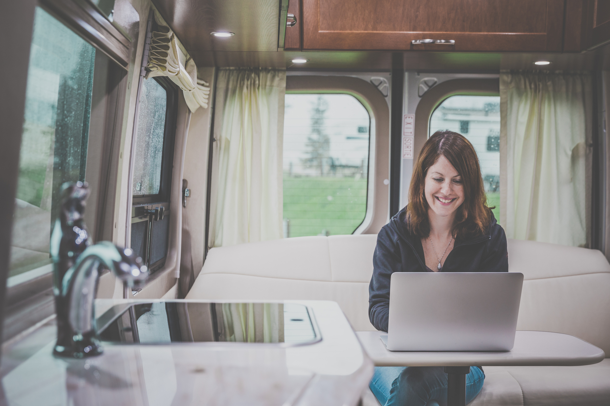 friday tips working from your rv rv lifestyle news tips if you re thinking of becoming a full time rver but you don t want to leave your job there s always the possibility of working