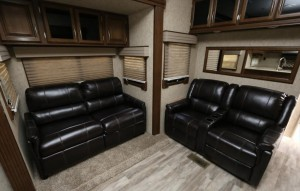 prime time crusader fifth wheel 3