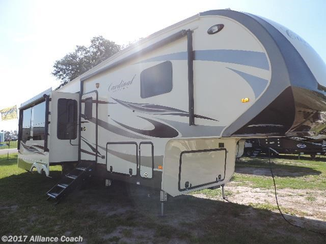 RV Find Of The Week: 2018 Forest River Cardinal 3250RL
