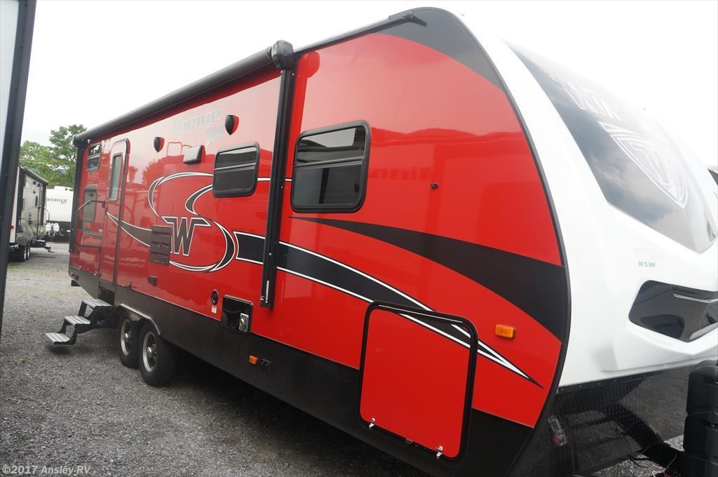 RV Find of the Week: 2018 Winnebago Minnie Plus 27BHSS