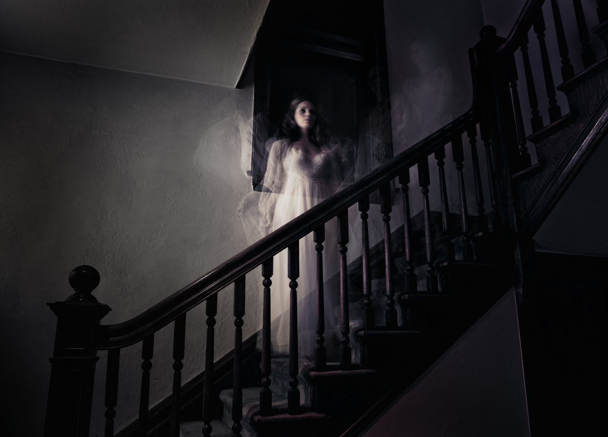 "Travel Tuesday: Most Intense ""Haunted"" Houses In America"
