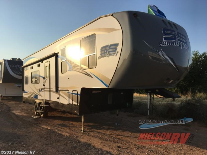 RV Find of the Week: 2018 Pacific Coachworks Sandsport 29WB