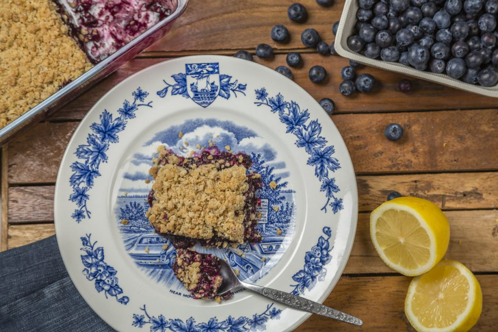 fruit crumble with oatmeal