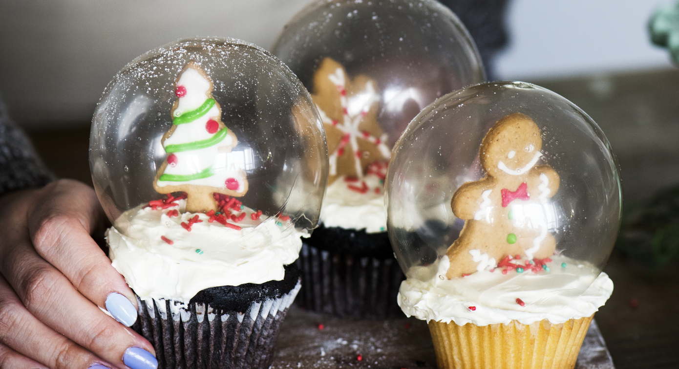 Unique Holiday Cupcake Decorations