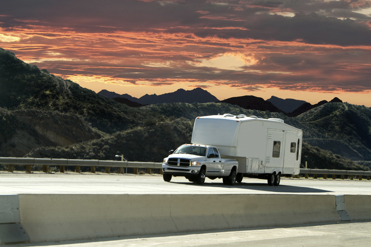 Must Have Features For Travel Trailers And Fifth Wheels