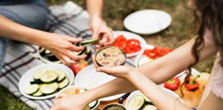 Eat healthy while camping