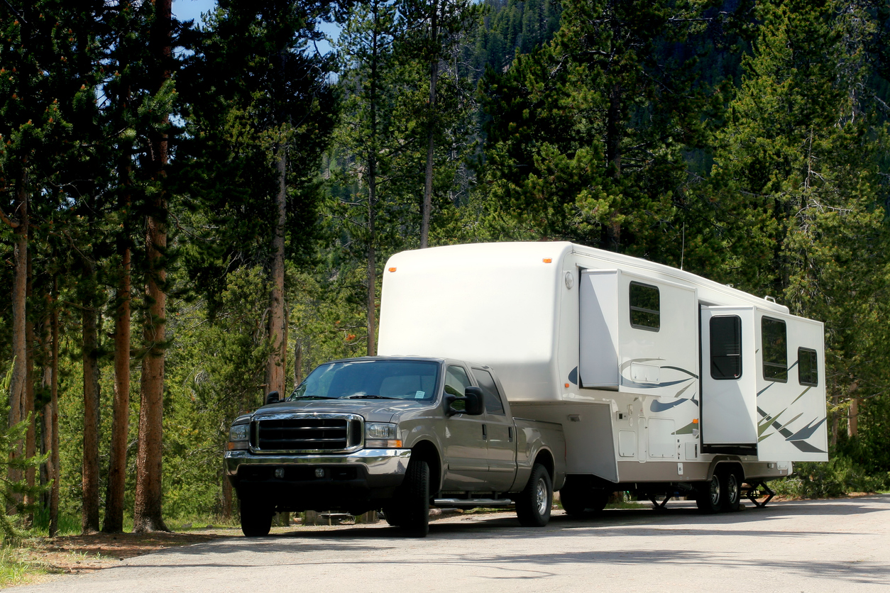 Fifth-Wheel Campers for Tall People