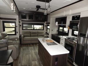 Jayco North Point Family-friendly fifth wheel